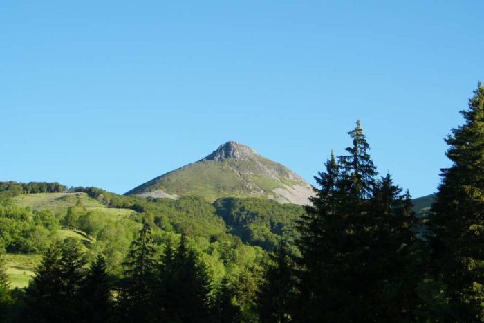 Volcan Cantal Puy Griou
